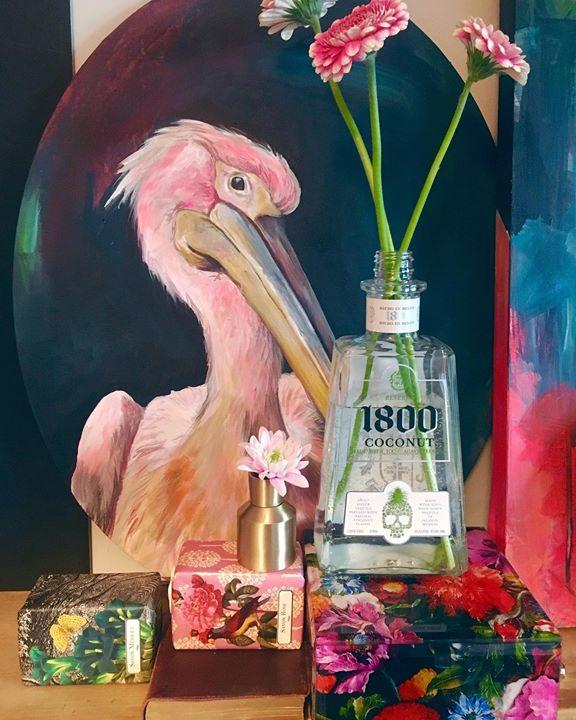 picture of Drink-Pink-Bird-Bottle-Liqueur-Illustration-Glass bottle-Alcohol-Plant-1489751944519286