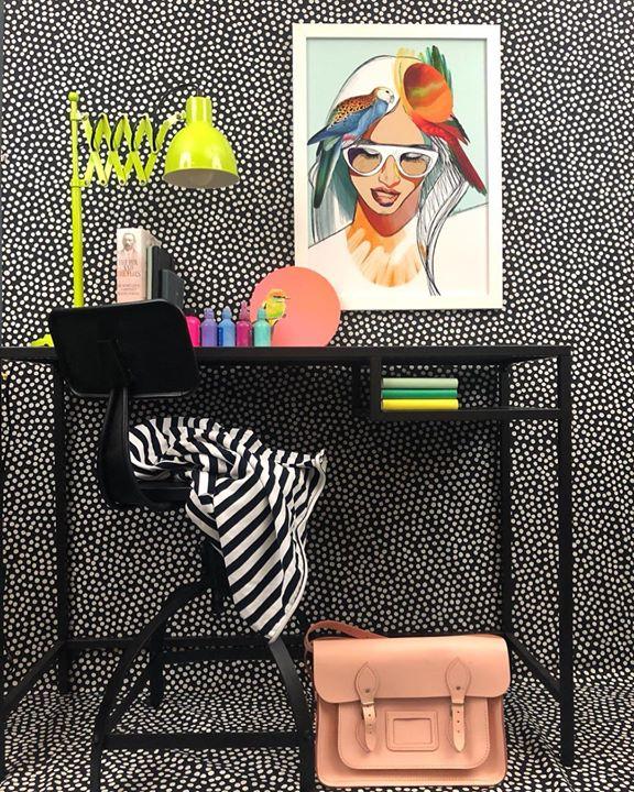 picture of Eyewear-Fashion illustration-Illustration-Room-Graphic design-Style-Fashion accessory-Bag-Handbag-1200393273455156