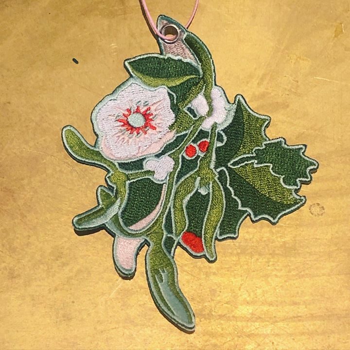 picture of Holly-Illustration-Plant-Christmas ornament-Ornament-Flower-Art---1411660425661772