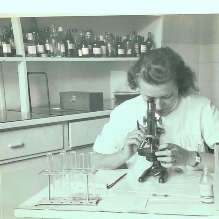 picture of Photograph-Laboratory-Snapshot-Microscope-Scientific instrument-Science-Laboratory equipment-Chemist-Photography-1585106668317146