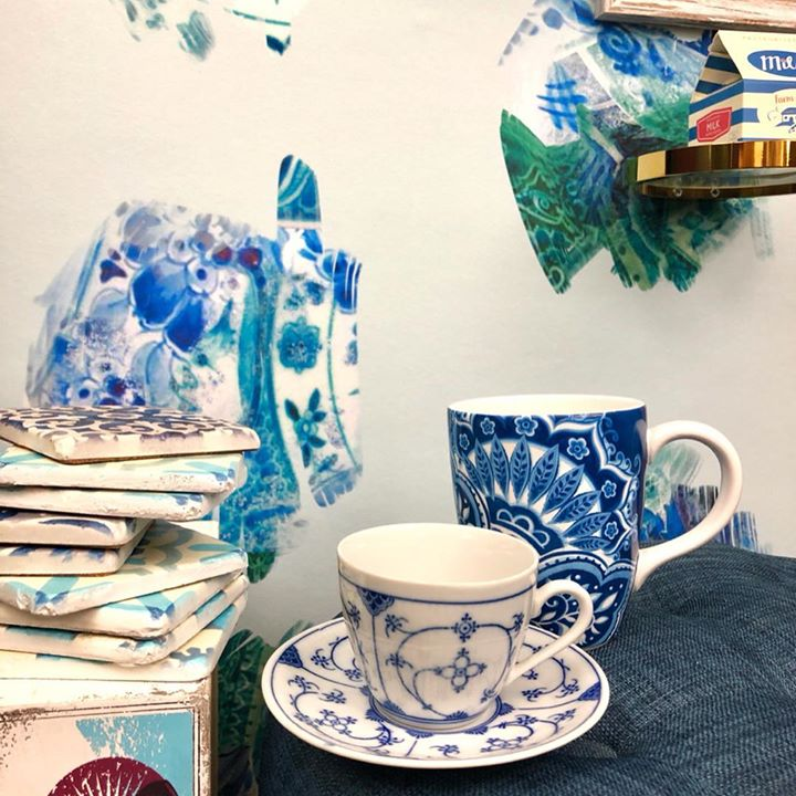 picture of Porcelain-Blue and white porcelain-Blue-Coffee cup-Cup-Tableware-Saucer-Cup-Teacup-1217764195051397