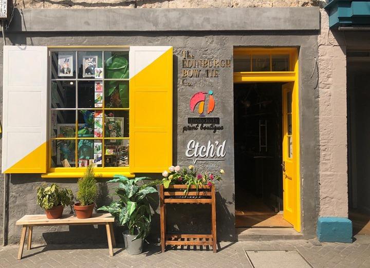 picture of Yellow-House-Building-Neighbourhood-Facade-Door-Home-Window-Architecture-33416-124013